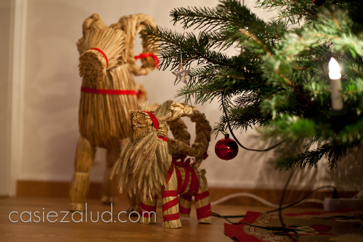 swedish christmas goat - Traditional Swedish Christmas Decorations