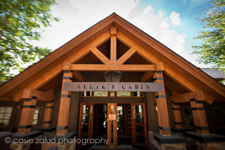 Casie zalud photographer beaver creek wedding photography for Allie s cabin beaver creek