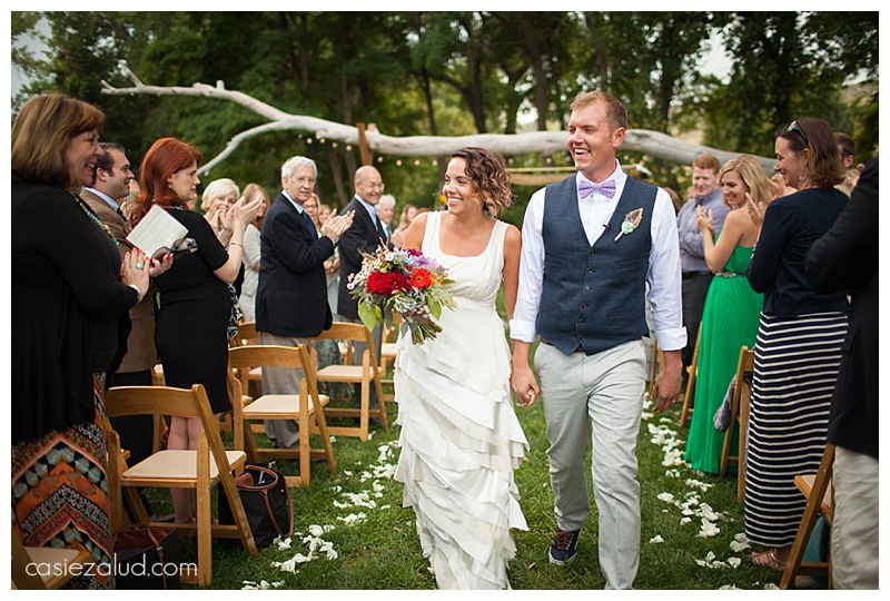 Alfresco Wedding couple - The Lyons Farmette