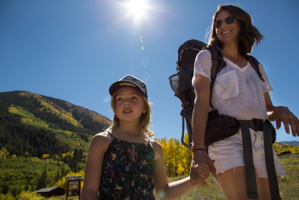 mother and daughter hiking in the fall in Ashcroft Colorado